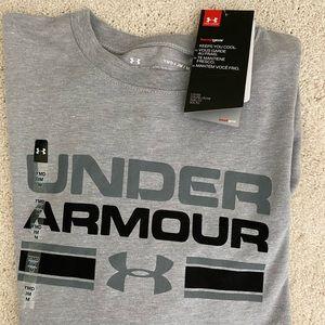 NWT Under Armour Long Sleeve Logo Tee YM